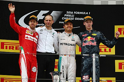 "Kvyat: ""Vettel, quando si corre bisogna rischiare!"""