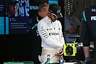 Hamilton busca lo positivo después de lo