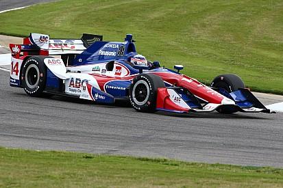 El dúo de AJ Foyt Racing en los primeros en la segunda práctica