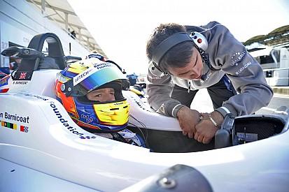 فورمولا 3: بارنيكوت يفوز بالسباق الثالث في المجر بعد حادث غونتر وراسل