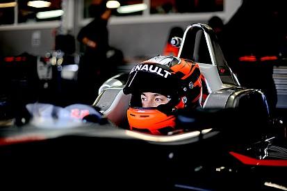 Jack Aitken si riscatta e trionfa in Gara 2 all'Estoril