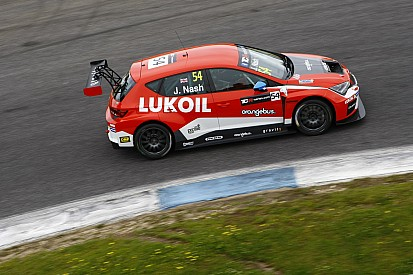 Estoril TCR: Nash eases to first victory