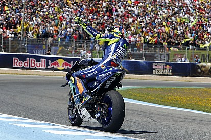 """Rossi gemotiveerd: """"Je kunt zeker tot je 40e door in de MotoGP"""""""