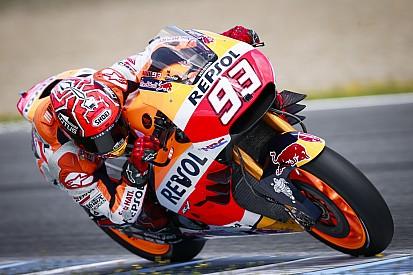 La nuova carena Honda con la tripla aletta piace a Marquez