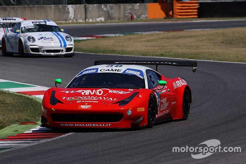 Le Ferrari 458 di Galassi e Caso-Del Prete al via a Monza