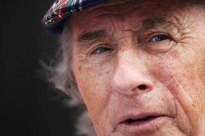 Stewart'dan Schumi'ye destek, Pirelli'ye eleştiri