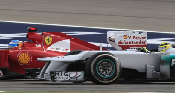 Alonso'dan Rosberg'e blokaj tepkisi