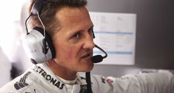 Schumacher'e bir de beş sıra grid cezası geldi