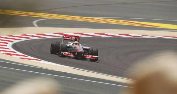 Hamilton ikinciliğe rağmen mutlu