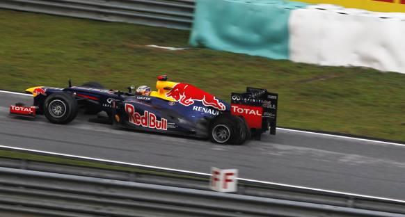 FIA'dan Vettel'e ceza yok