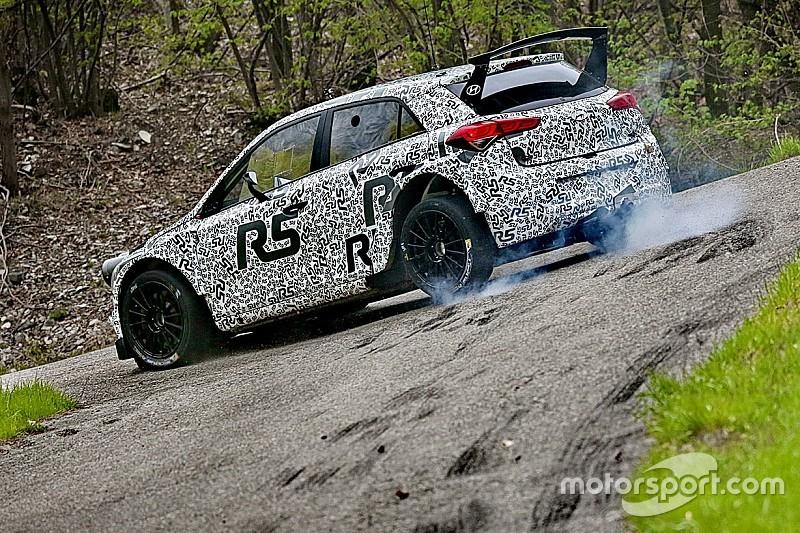 Oltre 900 km di test su asfalto in Italia per la Hyundai i20 R5