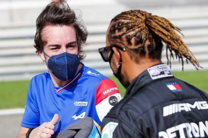 Besser als Hamilton und Co.? Fernando Alonso klärt kontroverse Aussage auf