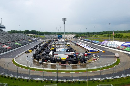 Regen in Martinsville: NASCAR-Rennen wird Sonntag fortgesetzt