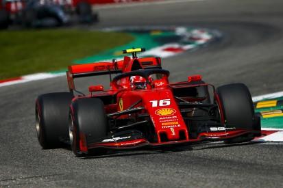 SF90: Leclerc parkt geschenkten Ferrari bei Fürst Albert