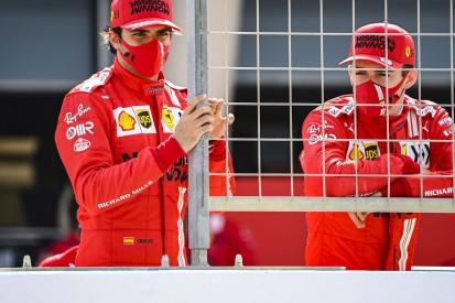 Carlos Sainz: Daniel Ricciardo soll mal ein ordentliches T-Shirt tragen!