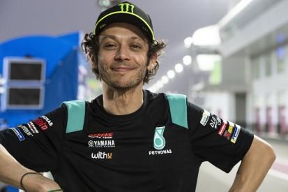 """Valentino Rossi lacht über Zukunft: """"Vielleicht kann ich nichts entscheiden"""""""