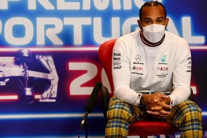 """Lewis Hamilton verplappert sich: """"Plane nächstes Jahr hier zu sein"""""""