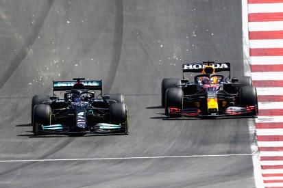 """""""Ich Idiot!"""": Darum kam Max Verstappen an Lewis Hamilton vorbei"""