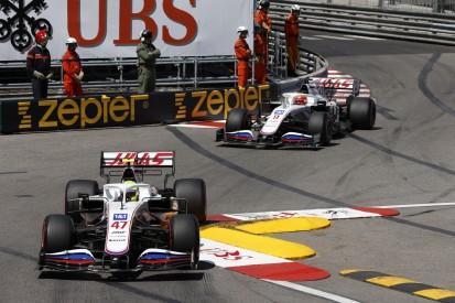 Formel-1-Liveticker: Boxenfunk: Haas-Teamorder bremst Schumacher ein
