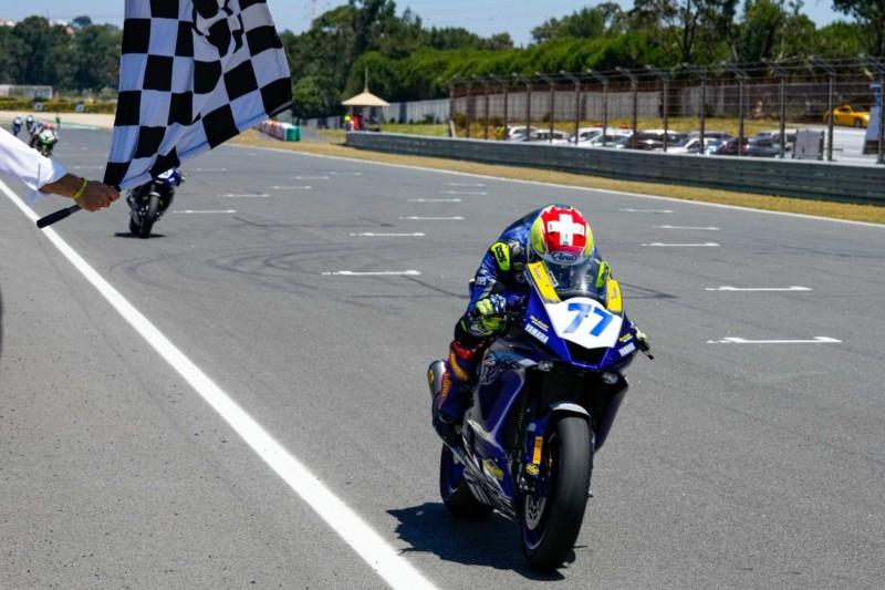 """Dominique Aegerter gewinnt erstes Supersport-Rennen: """"Sieg ist für Jason"""""""
