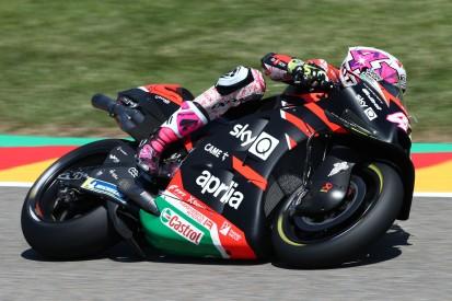 Aleix Espargaro mit Aprilia auf P3: Kann Andrea Dovizioso überzeugt werden?