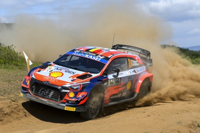 WRC Safari-Rallye Kenia 2021: Thierry Neuville führt nach chaotischem Freitag