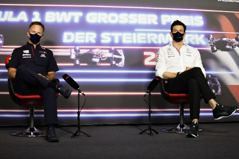 Christian Horner: Vielleicht sollte Toto das auch seinem Fahrer erklären!