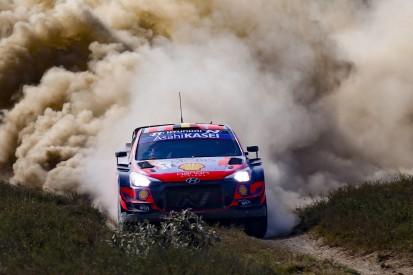 WRC Safari-Rallye Kenia: Neuville bleibt vorn, Feld kämpft mit Wolkenbruch