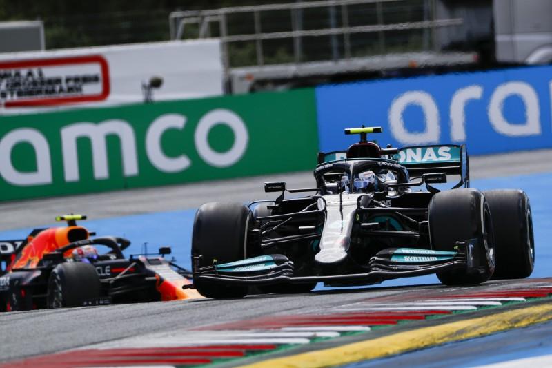 Bottas: Vorgezogener Reifenwechsel nach langsamem Perez-Stopp
