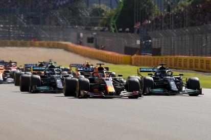 Lewis Hamilton rätselt: Was ging da beim Start schief?