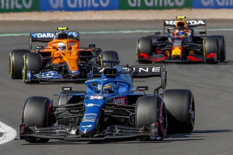 Vier Positionen gewonnen: So wurde Alonso zum Star des Sprints!