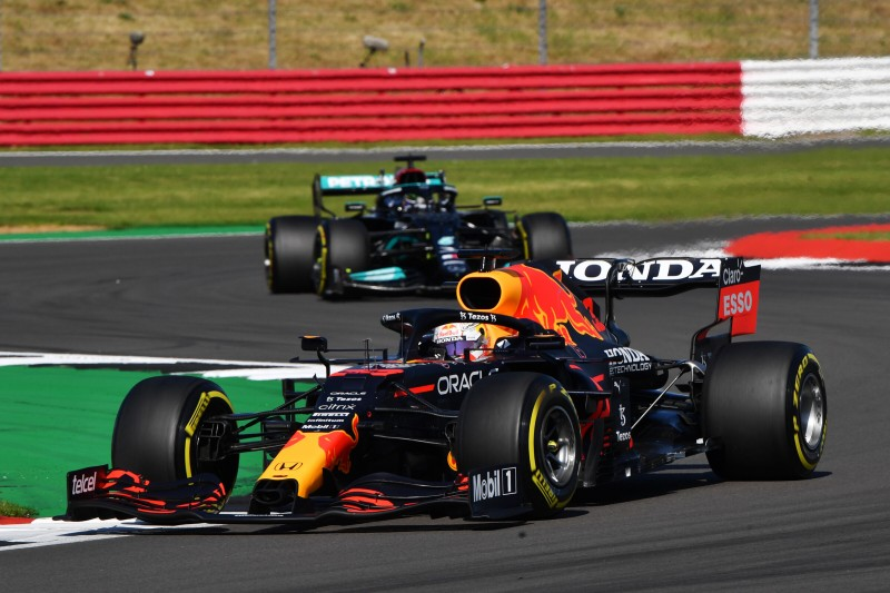 Lewis Hamilton sicher: Sieg nur über Strategie möglich, nicht durch Speed