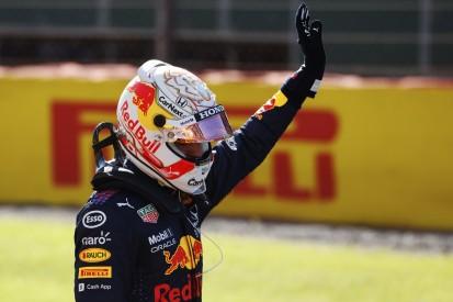 """Formel-1-Liveticker: Verstappen nach Crash """"angeschlagen"""" aber """"bereit"""""""