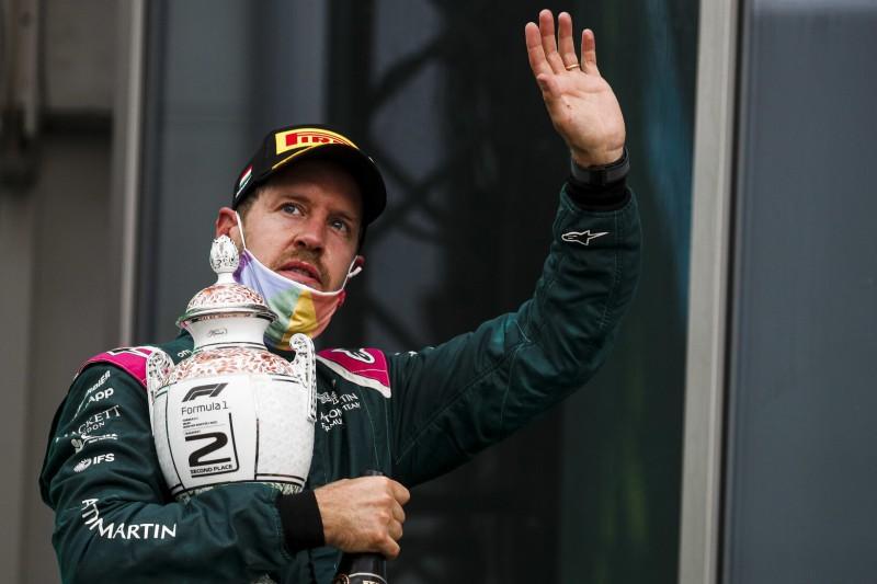 Ungarn-Ergebnis aktualisiert: Vettel jetzt doch nicht mehr Zweiter