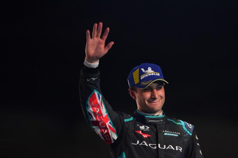 Formel-E-Team Jaguar verlängert mit Evans, der nicht zu Porsche wechselt