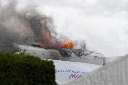 Feuer im Fahrerlager legt Rennbetrieb in Snetterton lahm