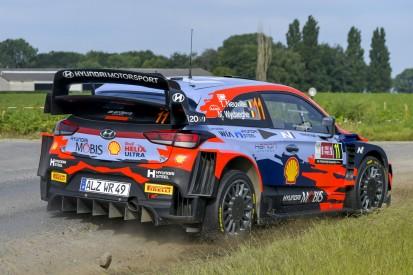 WRC Rallye Ypern 2021: Thierry Neuville stürmt an die Spitze