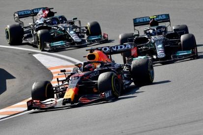 """Lewis Hamilton gratuliert: """"Max hat den besseren Job gemacht"""""""