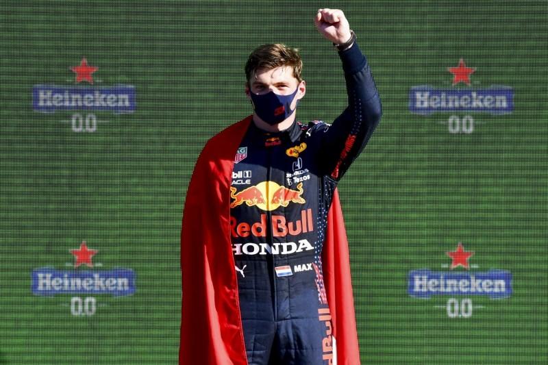 Stirling Moss überholt: Warum Max Verstappen jetzt Weltmeister wird