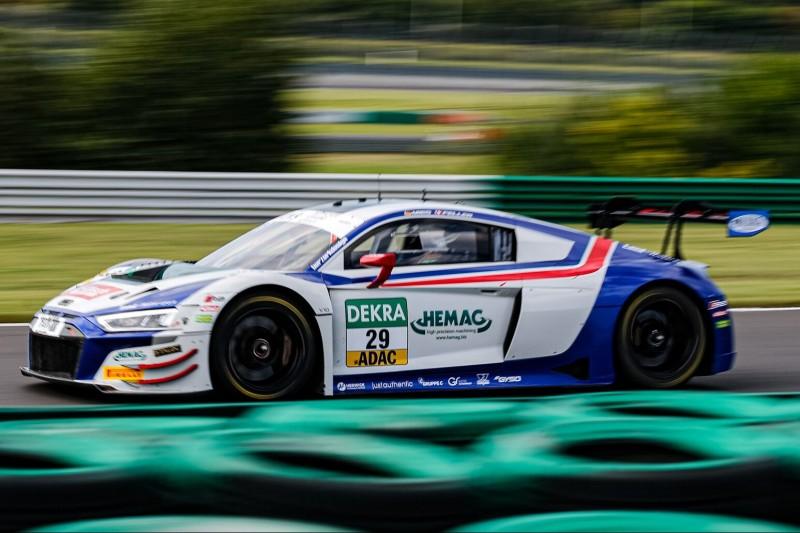 ADAC GT Masters Lausitzring 2021: Ganzes Feld in einer Sekunde!