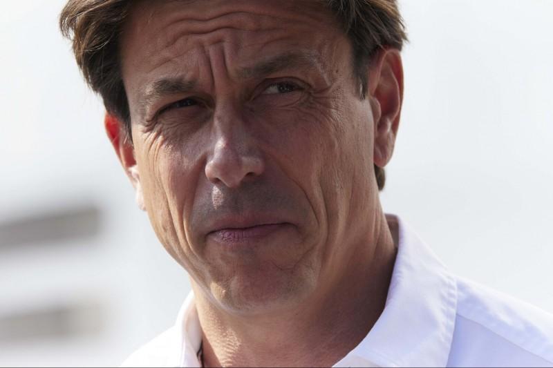"""Toto Wolff kritisiert F1-Sprintformat: """"Weder Fisch noch Fleisch"""""""