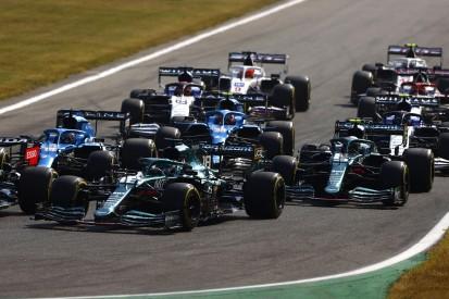 "Formel-1-Liveticker: Kritik an Hamilton: ""Er lässt ihm einfach keinen Platz"""