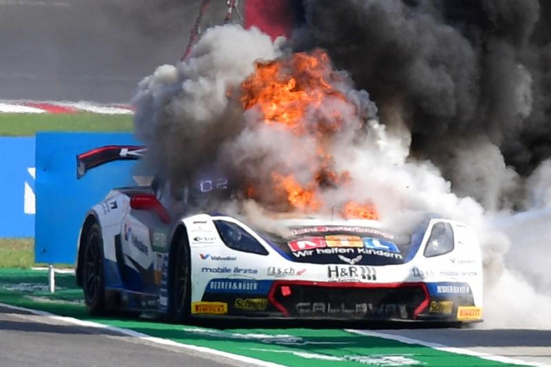 Trotz Feuerdrama: Callaway-Corvette auf dem Sachsenring am Start