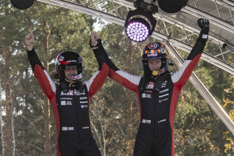 Elfyn Evans jubelt: Sieg bei der Rallye Finnland einer der besten!