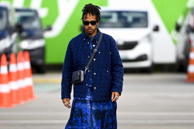 Lewis Hamilton: Warum er in Istanbul einen extravaganten Kilt trägt