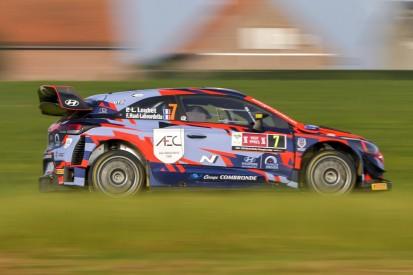 WRC-Pilot von Auto angefahren: Saison damit gelaufen