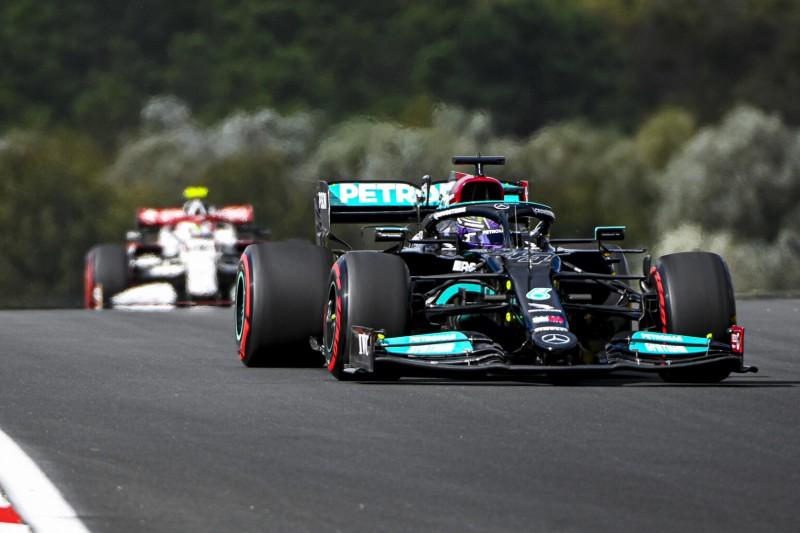 Formel 1 Türkei 2021: Lewis Hamilton deutlich vor Red Bull