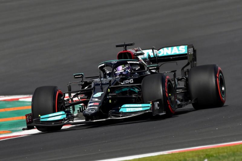 Red Bull rätselt: Warum nimmt Hamilton nur zehn Startplätze Strafe?