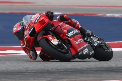 """Rossi schwärmt von Bagnaia: """"Lange ist niemand mehr die Ducati so gefahren"""""""