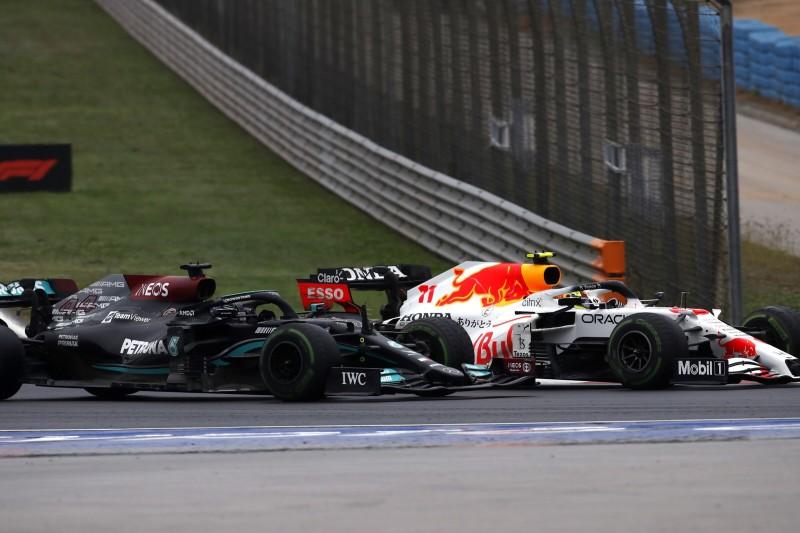 """""""Ziemlich intensiv"""": Zweikampf des Rennens zwischen Perez und Hamilton"""
